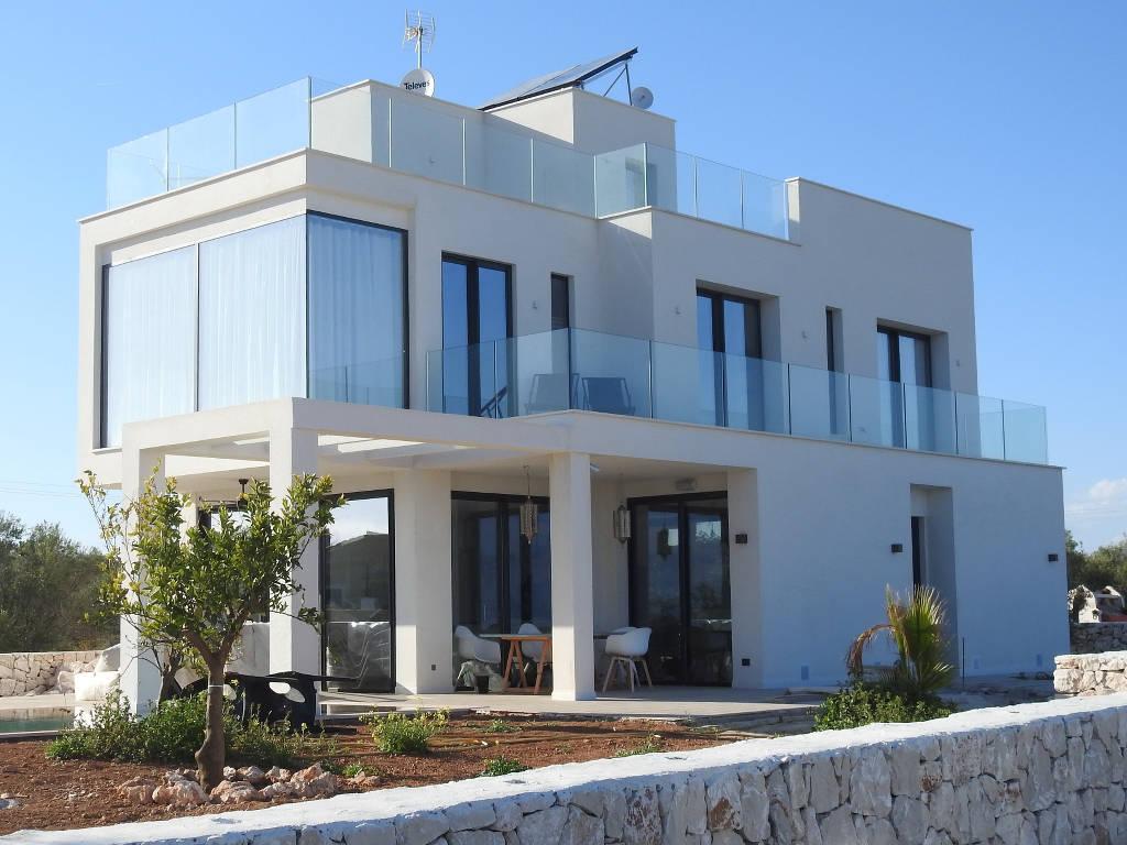 Qu'est-ce que l'orientation d'une maison et pourquoi est-elle importante ?