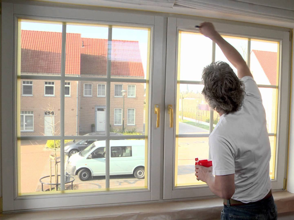 Comment peindre ses fenêtres bois ?