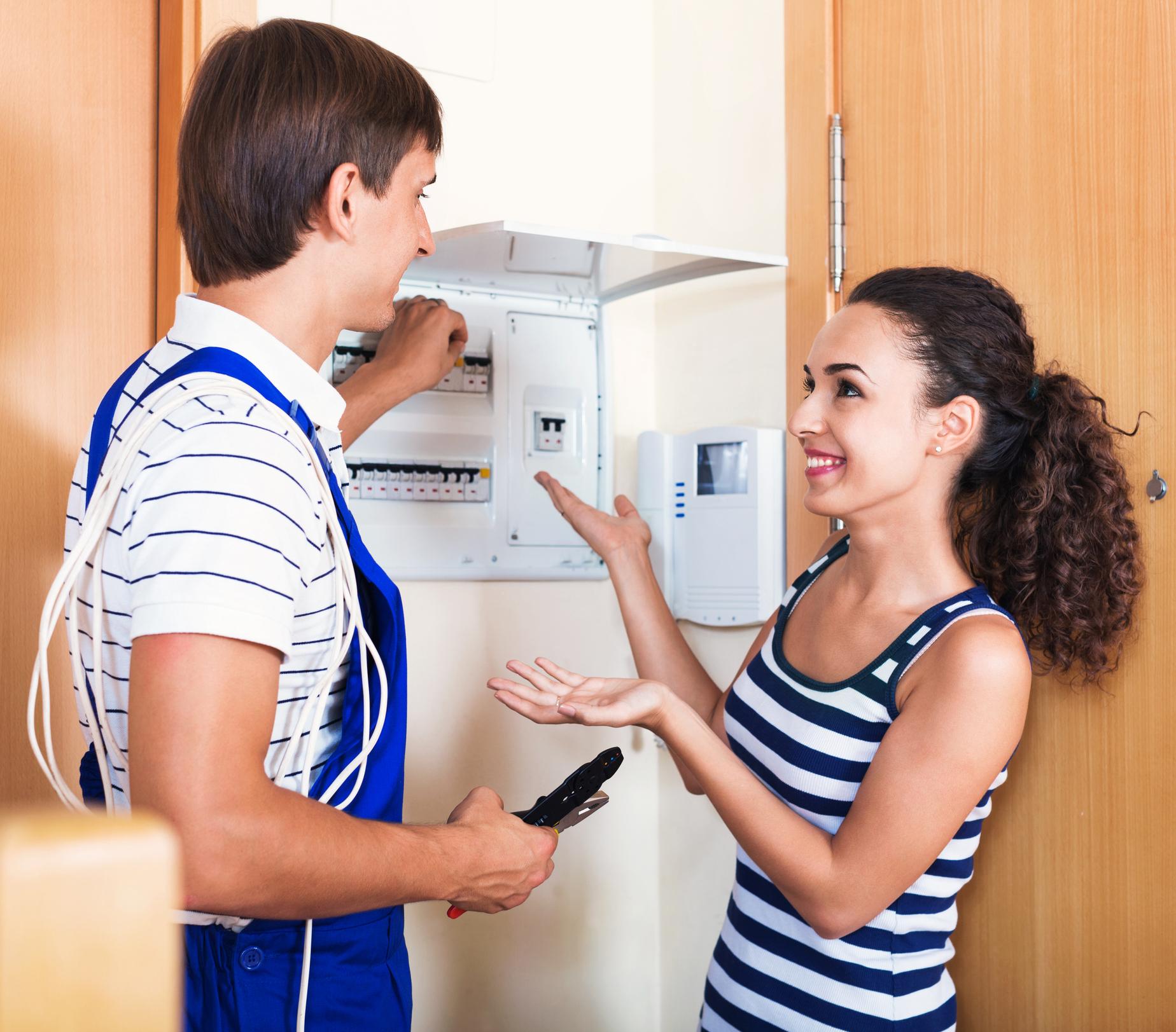 Présentation du diagnostic électricité au client