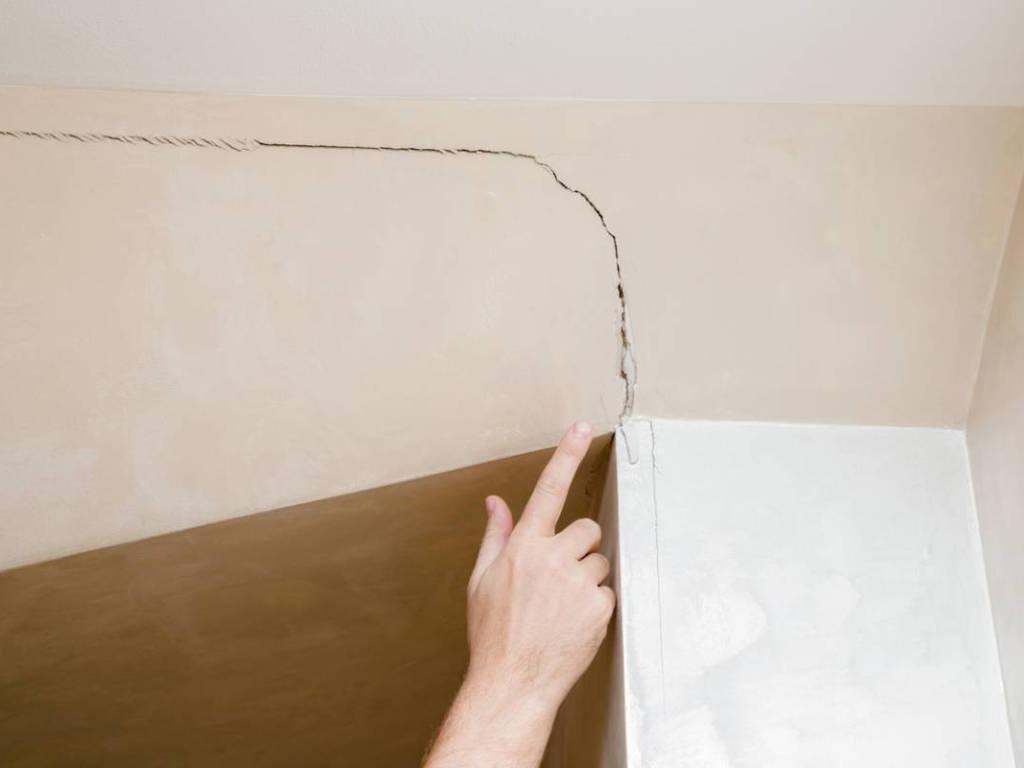 Fissures dans un mur : faut-il s'en inquiéter ?