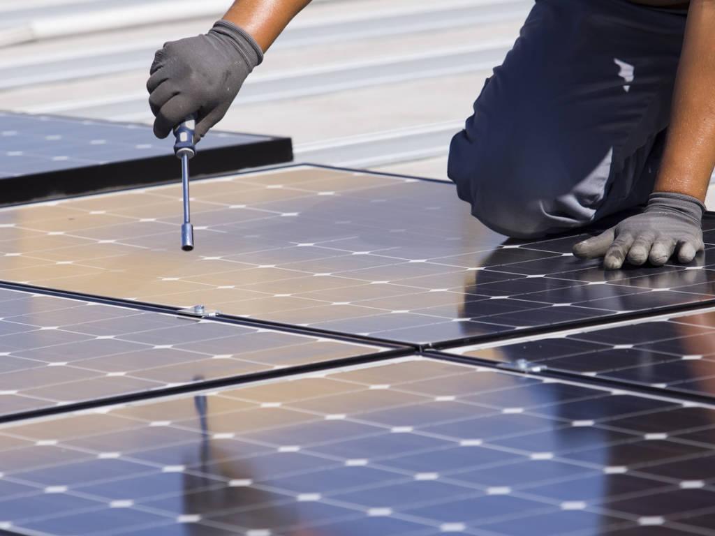 Installer son kit photovoltaïque en 5 étapes