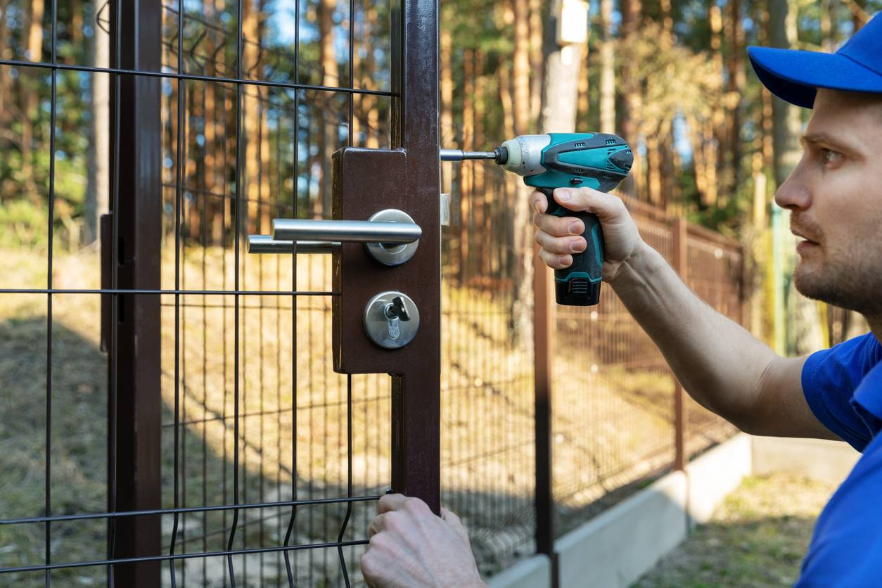 Réparation de serrure de portail
