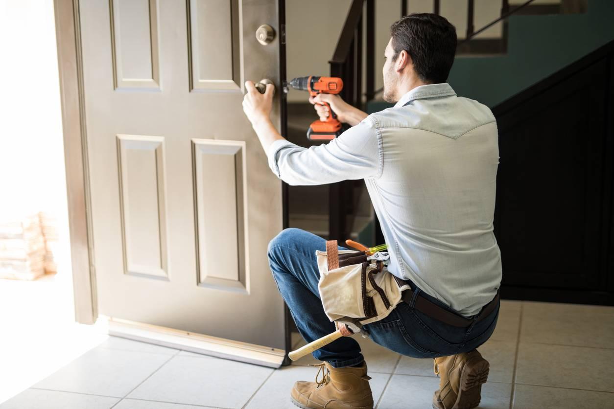 Réparer la serrure d'une porte d'entrée