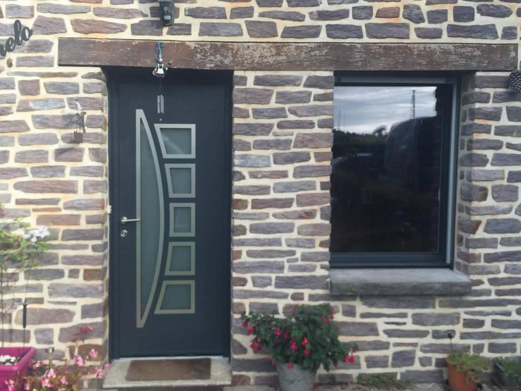 Renovation Fenetre Maison Ancienne fenêtre pour maison ancienne : forme, matériaux et couleurs